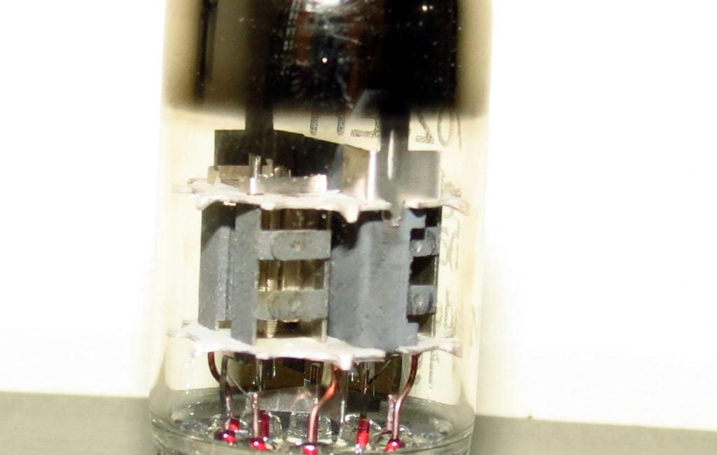 Electro-Harmonix 7025/12ax7 tube
